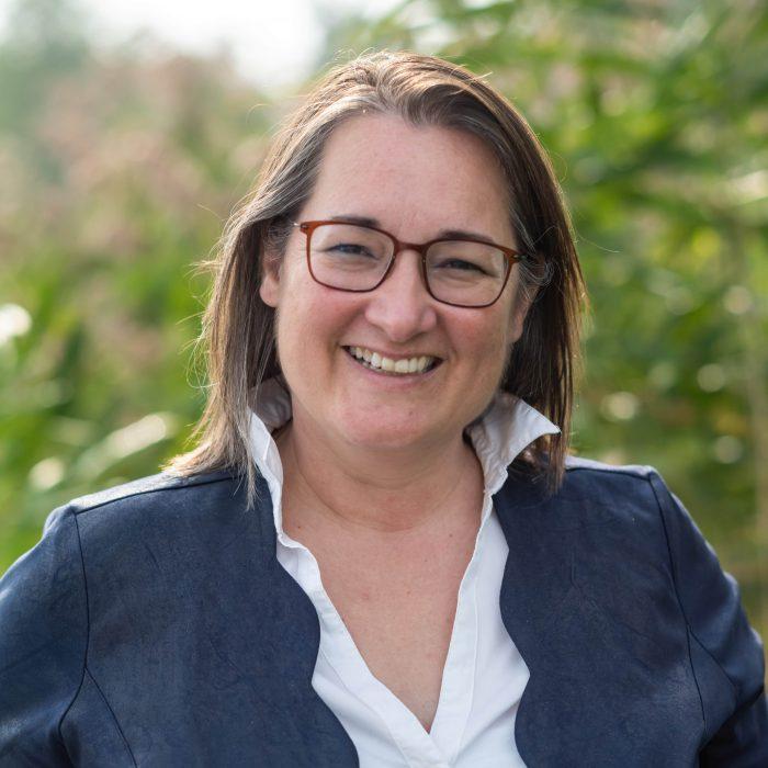 Mediator Claudia Wieringa